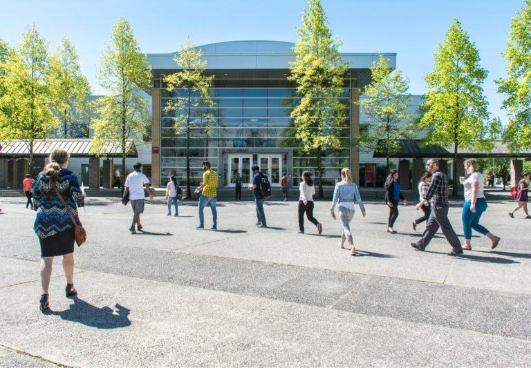 Kế hoạch trở lại trường cho sinh viên KPU kỳ mùa thu 2021
